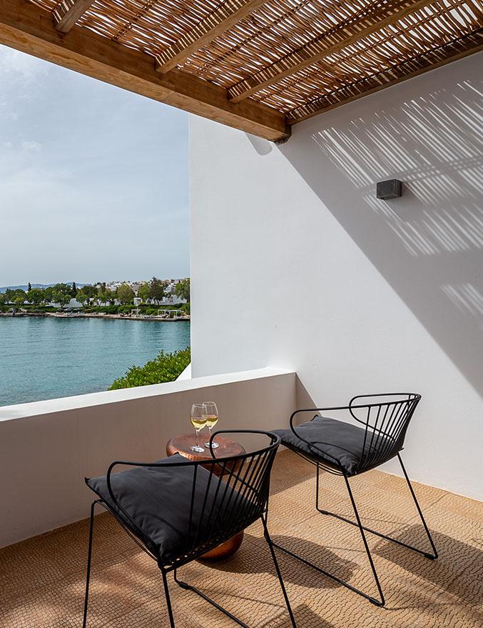 Minos Beach art hotel - Бунгало на первой линии